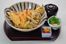 江戸前ビックリ天重 1260円(税別)