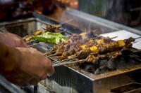 食べればわかる病み付きの味!ラム肉串焼き