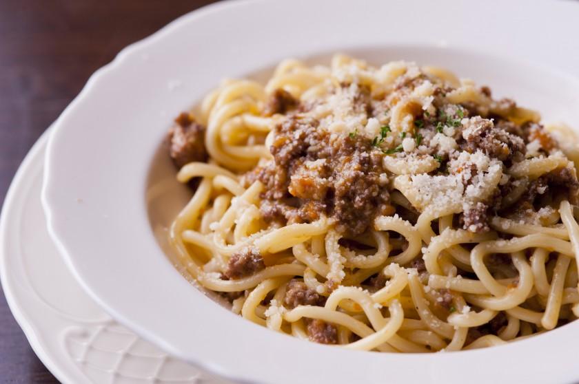特注生パスタとお酒に良く合うイタリア料理