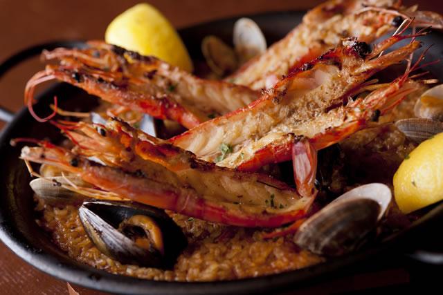 地元食材を多用した本場のスペイン料理