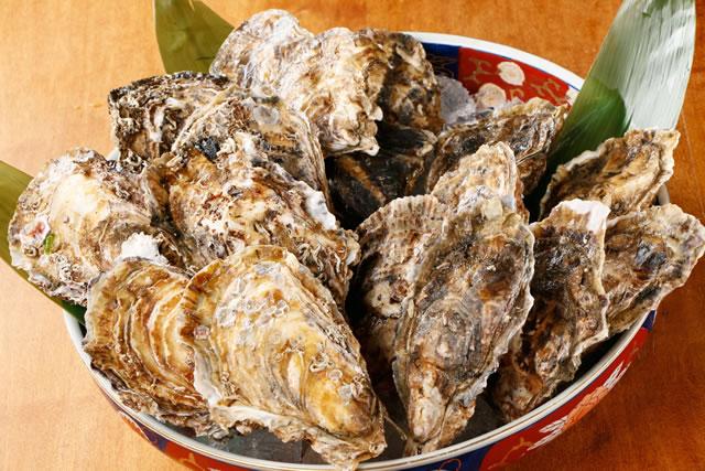 まつや 店主松崎 純一おすすめの逸品『生牡蠣』