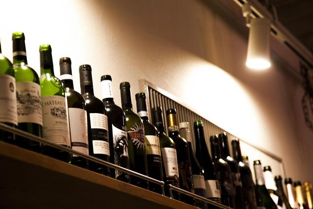 常時40種以上!厳選したワインの品揃え