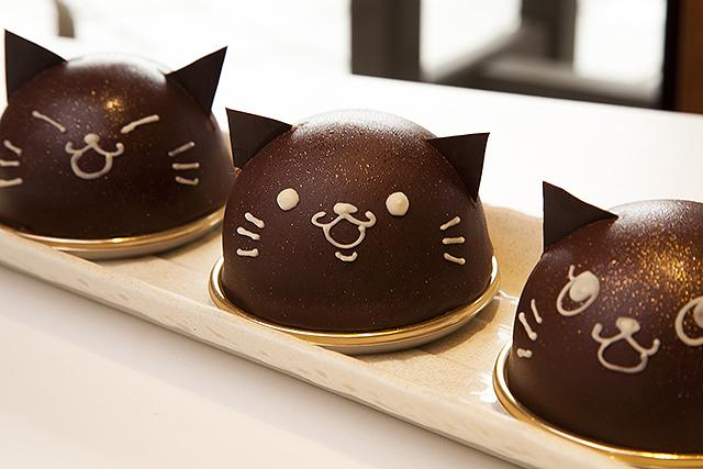 くろネコのチョコレートケーキ